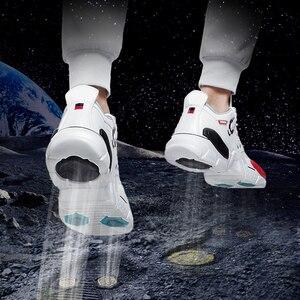 Image 3 - Onemixユニセックススニーカービッグサイズ2020新技術スタイル革減衰快適な男性のスポーツランニングシューズテニスお父さんの靴