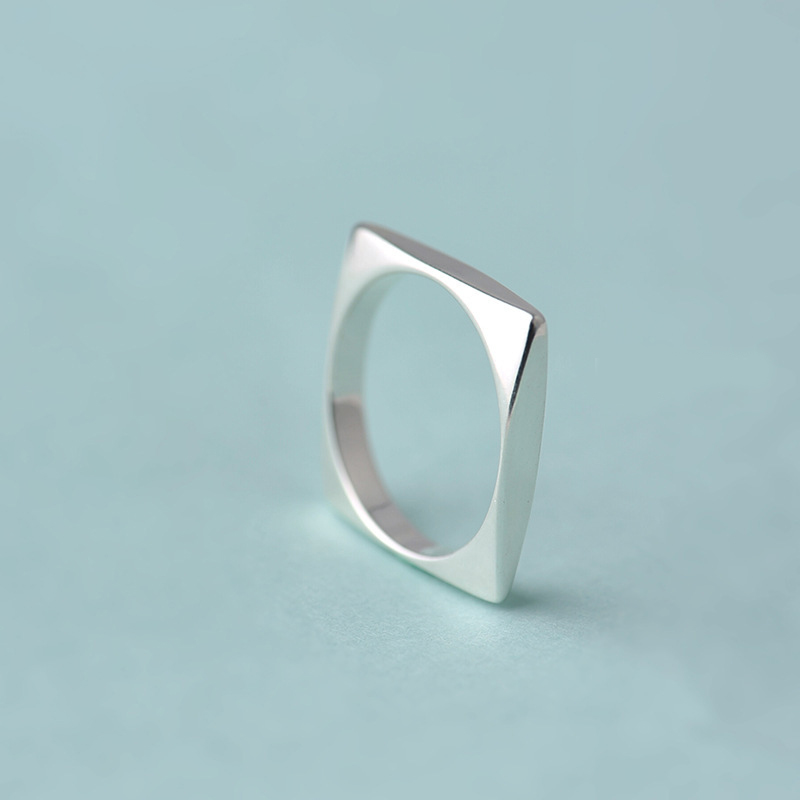 XIYANIKE 925 Sterling Silver Unique Square Rings Personality Geometrical Finger Finger Rings For Women Wedding Gifts New VRS2424