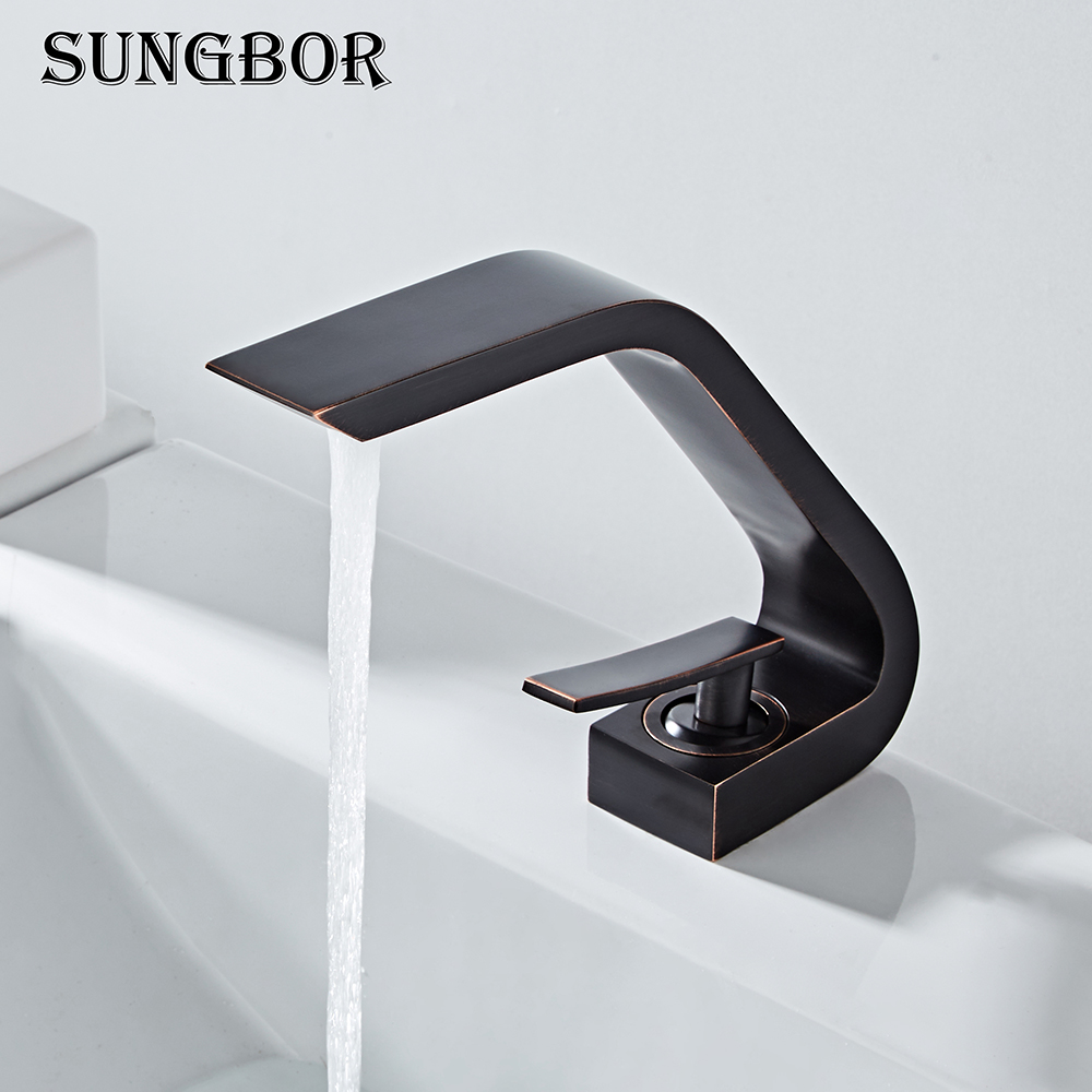 Bathroom Sink Basin Faucet Deck Mount Bright Chrome Washing Basin Mixer Water Taps Creative Hot Cold