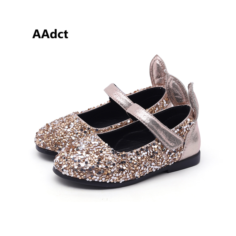 AAdct Cartoon rabbit girls shoes flats kids shoes with low-cut uppers Sequins princess children shoes for girls autumn new 2018