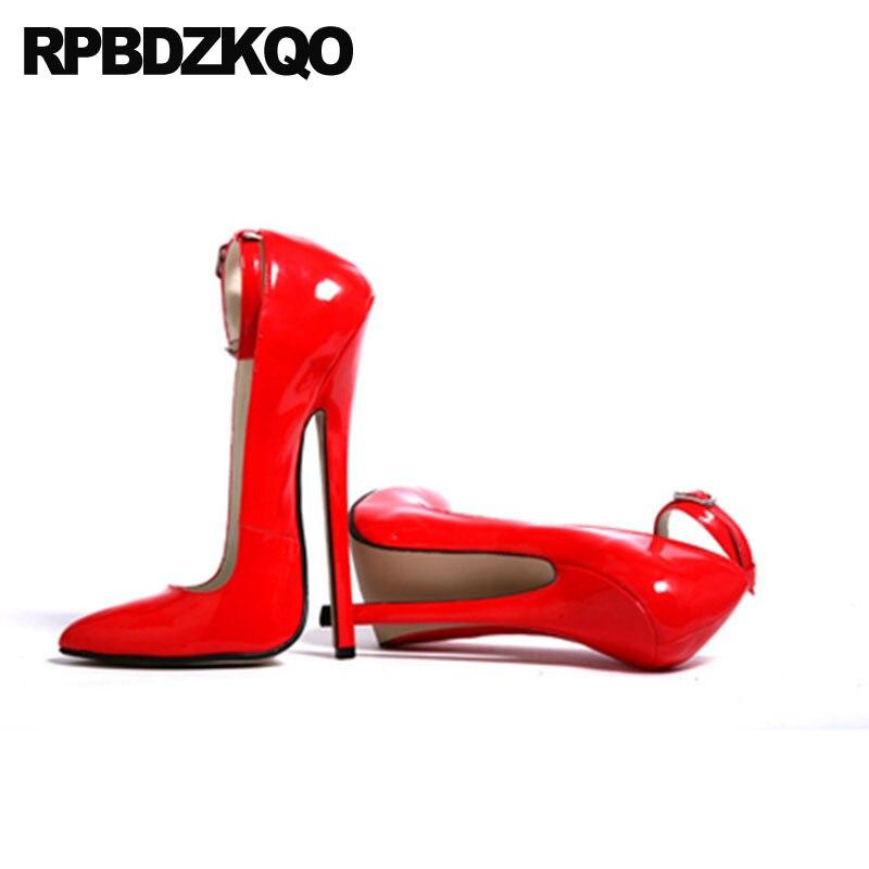 eb9e8d6608b13 US $71.37 36% OFF|Fetisch Sexy Ankle Strap Schuhe Frauen Red High Heels 16  cm Stilettos Patent Leder Crossdresser Große Größe 13 45 Pumpen spitz in ...