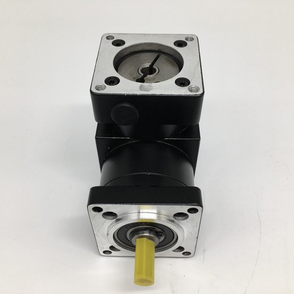 10:1 Right Angled Planetary Speed Reducer NEMA34 Ratio 20 86MM Gearbox 90 Degree Angle Reversing Corner for 86 Stepper Motor10:1 Right Angled Planetary Speed Reducer NEMA34 Ratio 20 86MM Gearbox 90 Degree Angle Reversing Corner for 86 Stepper Motor