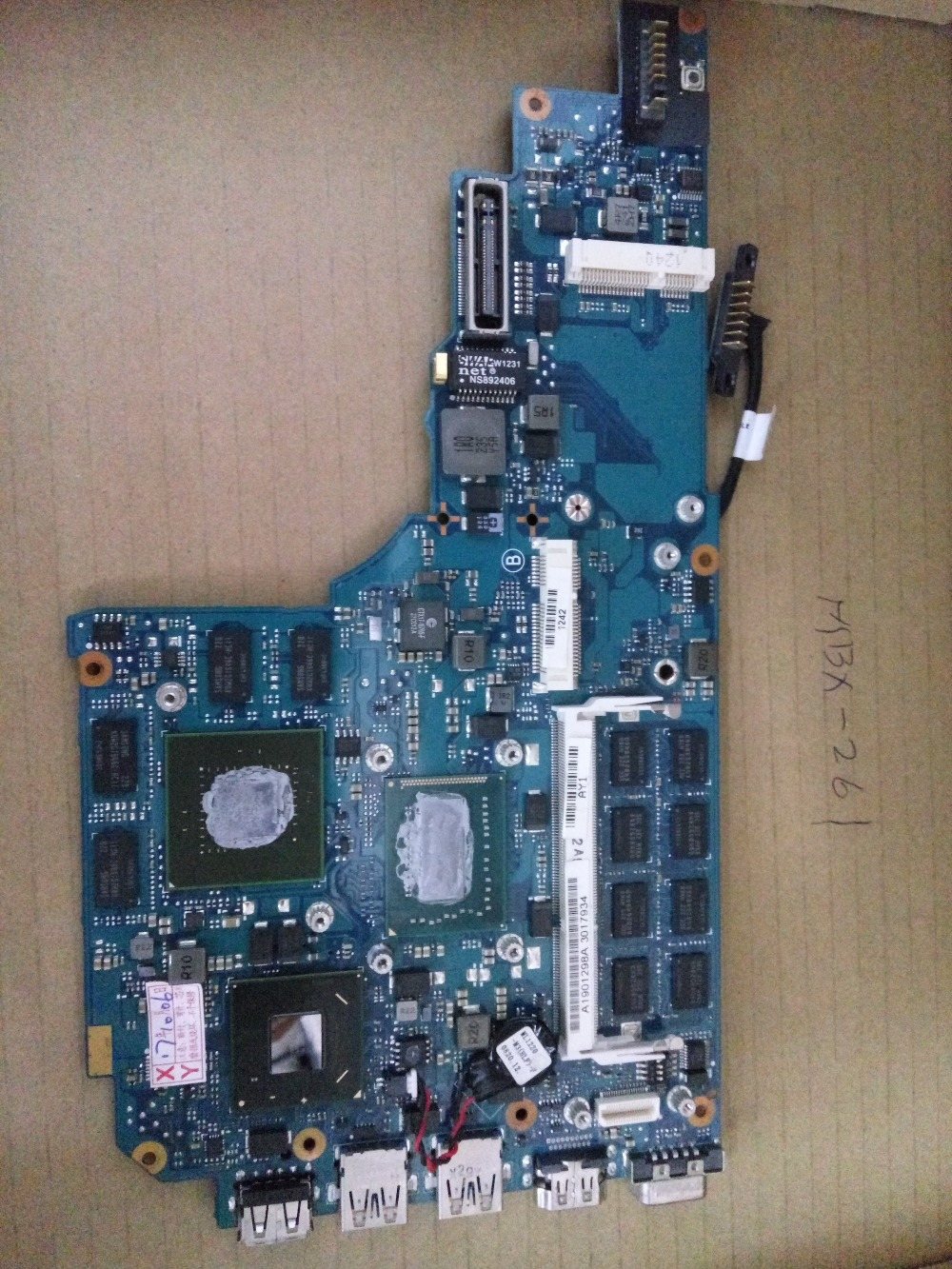 MBX-261 I3 I5 I7 lap connect with motherboard connect board A1901298A MBX-261 1P-0128205-A011