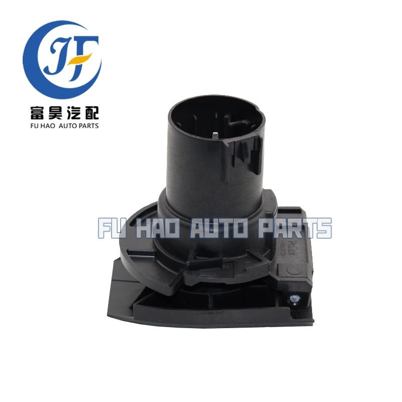 GM OEM Rear Bumper-Connector 15932302