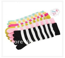 6pairs/lot Christmas Day Gift  Separate Toe Women 5 Fingers toes candy color Striped Cute cotton stripe separate socks