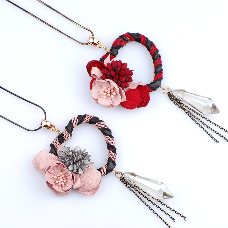 Dried Flower On A Heart Shaped Pendant Necklace Sweater Chain Long Christmas Necklace For Women Mother Wife Sister Birthday Gift