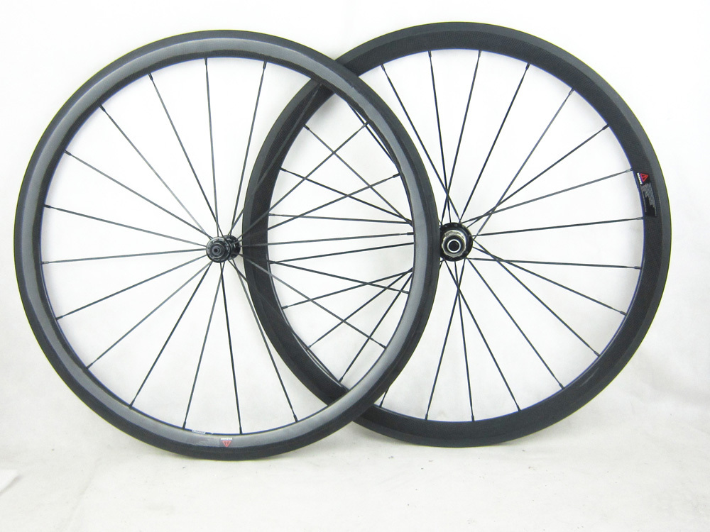 only 1350g 38mm profile carbon fiber clincher road font b bicycle b font wheel 20 5mm