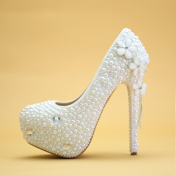 Crystal shoes, white Pearl heels, bridal shoes, wedding shoes, wedding dresses, wedding dresses, wedding shoes. luxurious ecru white bridal shoes crystal diamond 5cm low heeled shoes elegant imitation pearl wedding dress shoes