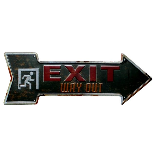 Retro Arrow Shaped Metal Sign
