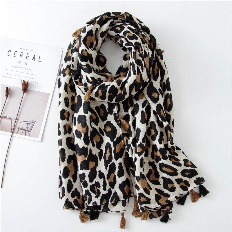 2019 Autumn Winter Leopard Dot Tassel Viscose Shawl Scarf Women Print Neckerchief Snood Luxury Brand Foulards Muslim Hijab Sjaal