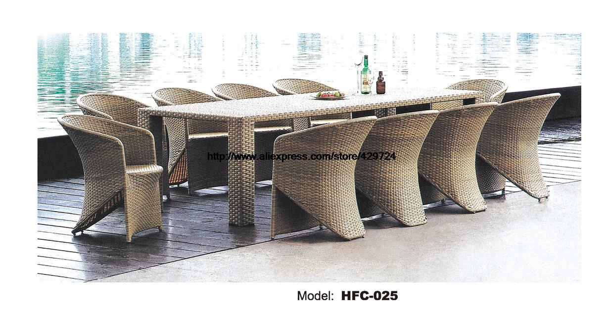 Luxury Extra Large Rattan Chair Table Set  11 PCS Holiday Party Metting Table Desk Chair Combination Set Leisure Outdoor Chair