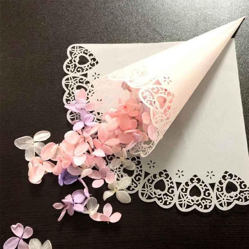 50 Uds. De encaje de corazón cortado con láser, dulces para fiestas de bodas, regalos de decoración de conos de papel y confeti