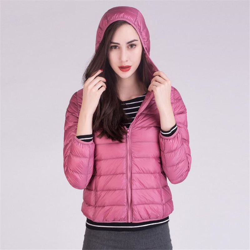 2017 Women Fashion Light Down Coat 90% White Duck Down Jacket Size XXXL Autumn Winter New Warm Slim Zipper Portable woman Coats