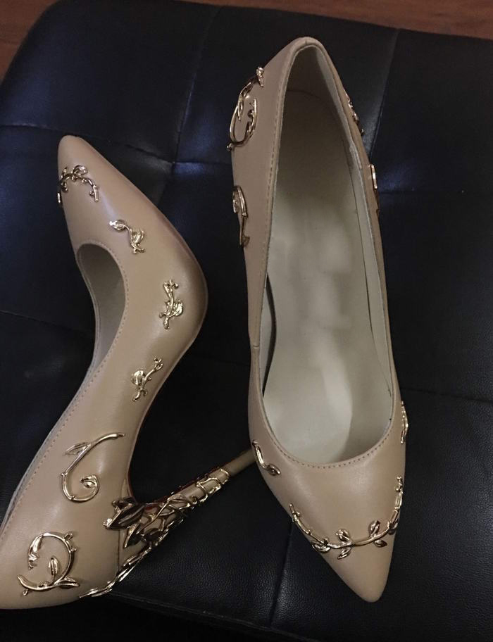 new fashion metal decorations high heel shoes sexy pointed toe woman pumps spring newest high heel shoes club wear shoes 2018 spring pointed toe thick heel pumps shoes for women brand designer slip on fashion sexy woman shoes high heels nysiani