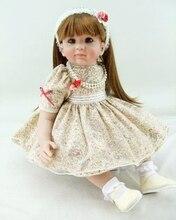 Muñeca reborn  colección limitada de 55 cm con vestido elegante
