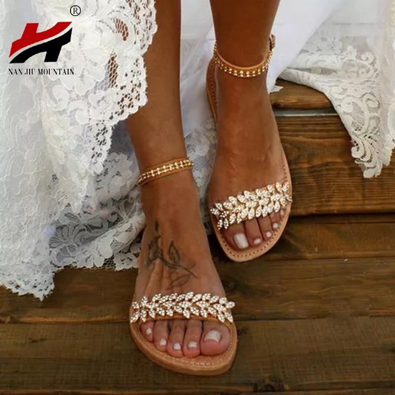 NAN JIU/летние сандалии на плоской подошве; женские модные сандалии с открытым носком и пряжкой, украшенные стразами; Свадебная вечеринка; большие размеры 34 43