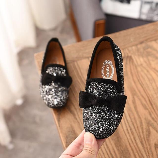 Girls Princess Bow Shoes Fashion Sequins Glitter Leather Kids Flats  Children s Loafers Party Wedding Halloween Shoes ed808c6a79bf