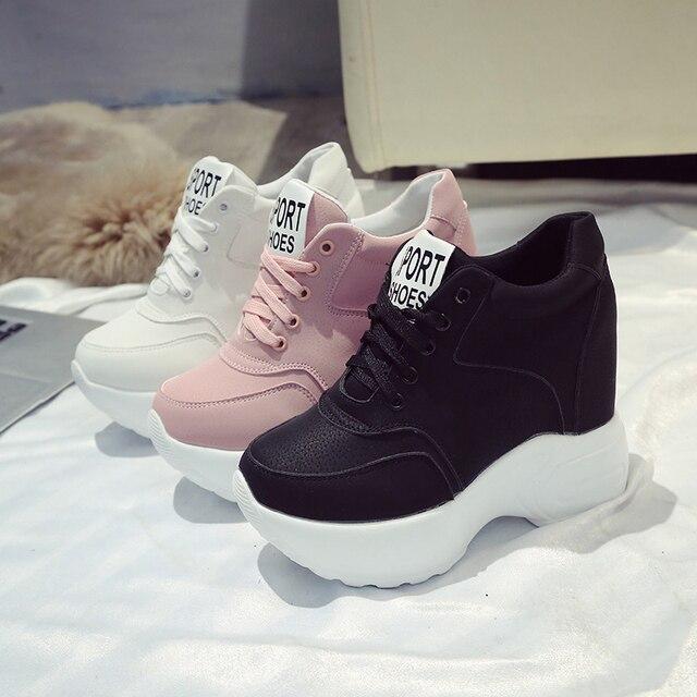 Kadın Vulkanize Ayakkabı PU Deri Beyaz/Siyah/Pembe Sneakers Kadın Moda Yüksek Topuklu Tıknaz Sneakers Kadın platform ayakkabılar