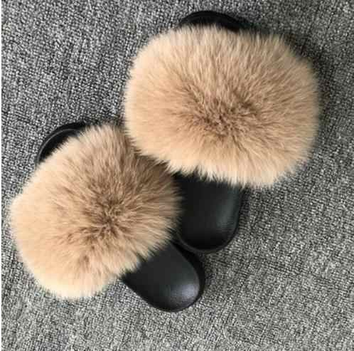 Популярные меховые тапочки; женские домашние пушистые шлепанцы с мехом лисы; удобная летняя обувь на плоской подошве с перьями; Милая женская обувь; домашняя обувь; размер 45