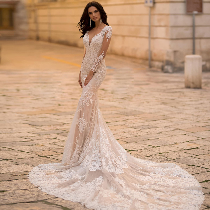 Luxury Long Cathedral Train Mermaid Wedding Dress Lace Appliques Tulle Sexy Deep V-Neck Bridal Dress
