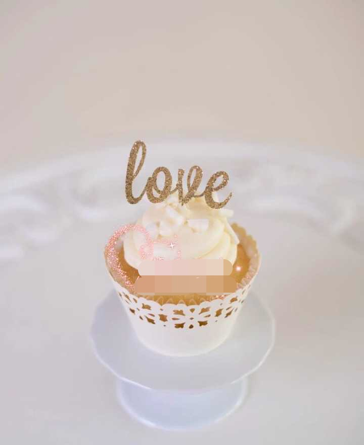 Cake With Gold Decoration : 2016New gold Love Cake Toppers Personalized Wedding ...