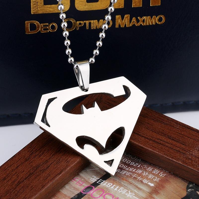 2016 new anime movie Batman VS Superman logo alloy 4.4X3.3CM pendant necklace cartoon accessories long necklace