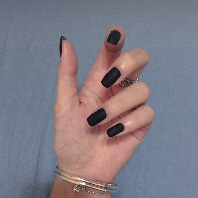 гойя накладные ногти черного цвета фото строился