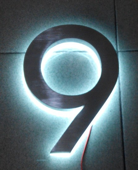 Modern led house number 9 apartment led numbers and for Contemporary house names