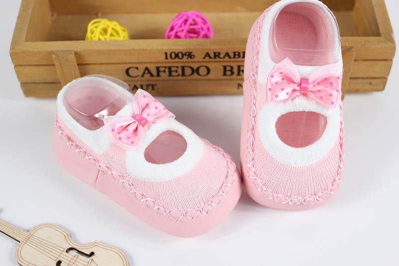 Baby-First-Walkers-socks-Anti-Slip-Newborn-0-12M-Cotton-Lovely-Cute-Shoes-bow-Cartoon-Slippers-Boots-Boy-Girl-Skid-Socks-5
