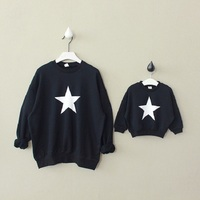 Mother Father Baby Son Matching Clothes Mommy and Me Daddy Mother and Daughter Clothes Autumn Star Outwear Coat Family Sweaters