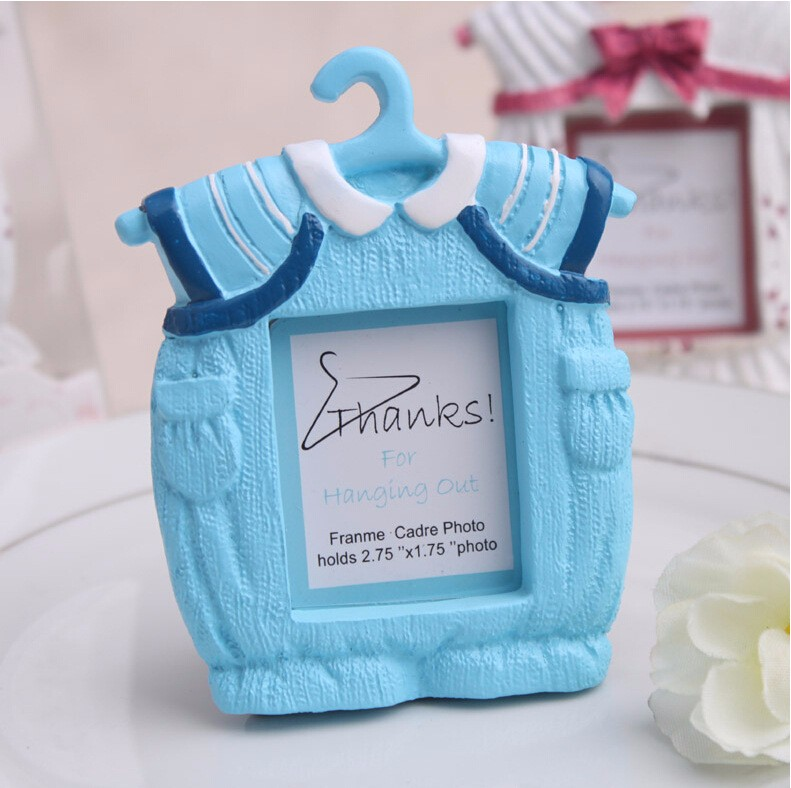 Free Shipping 12pcs Pink/Blue Cute Clothes Baby Birthday Photo Frame ...