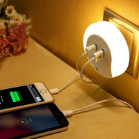 Photo Electricity Led Night Light Switch With USB Mobile Phone Charger Feeding A Bedroom Energy Saving