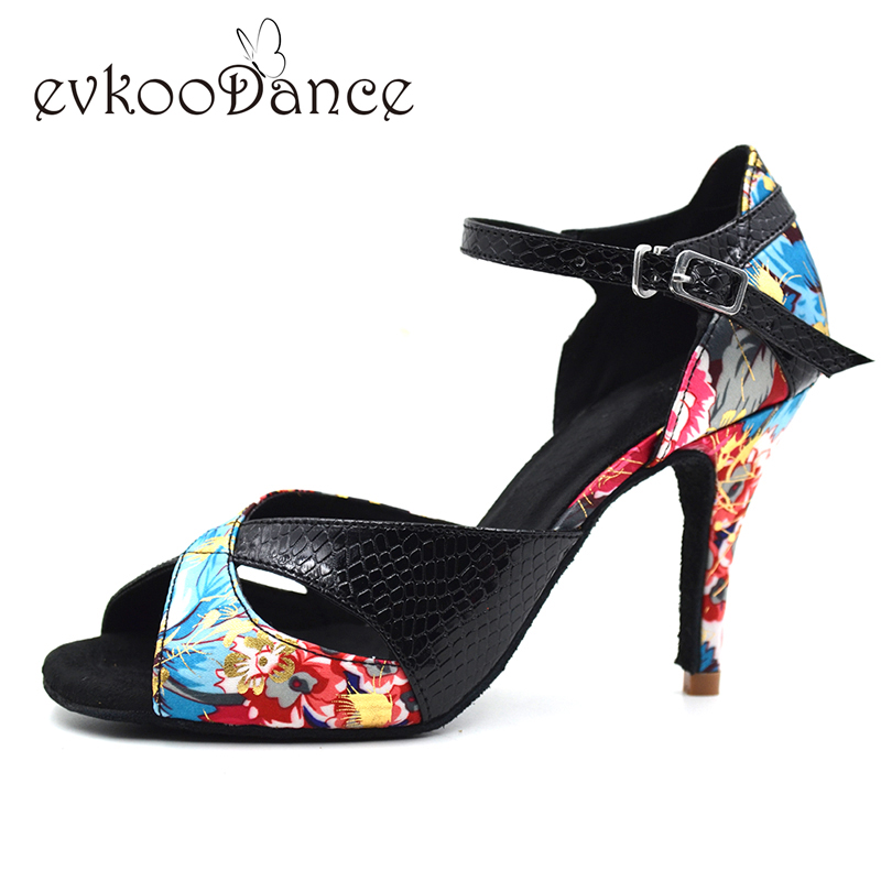 Zapatos de baile latino 2017 stil piger læder satin materiale latin sko 8.5cm hæl salsa damer latin sko NL005