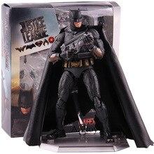 DC Justice League Batman Action Figure MEDICOM TOY MAFEX No.056 PVC Collectible Model Toy