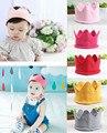 2017 bebé recién nacido bebe niña niños tejer crochet traje soft adorable corona hecha a mano accesorios para el cabello sombrero cap regalo de cumpleaños