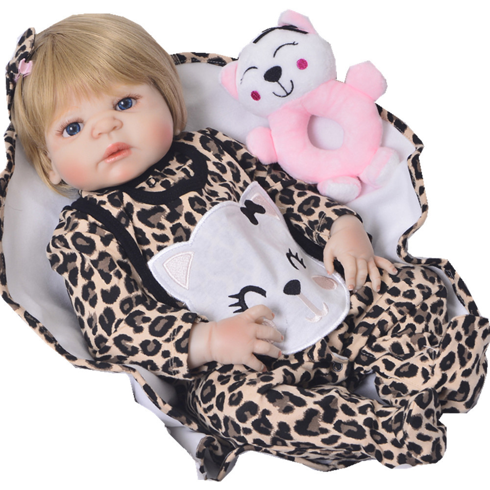 DollMai bebes renaît corps entier en silicone 23