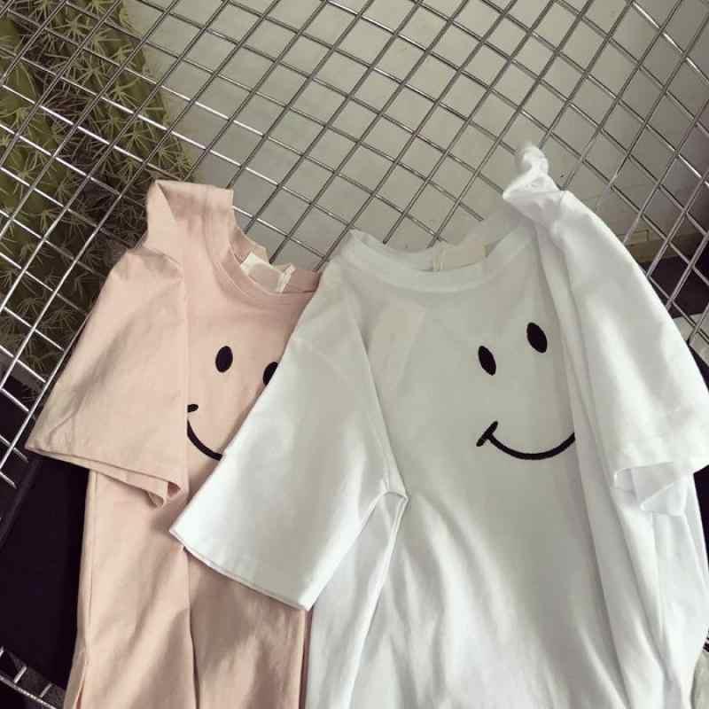 Cute Women's T-shirt 2018 Summer Short-sleeved Tops Fashion Smiley Expression Package Printing Harajuku Casual Loose T-shirt
