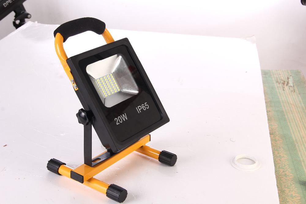 LED rechargeable flood light 20W AC85-265V flood light LED waterproof IP65 warm cold white floodlight High quality 1pcs portable 20w rechargeable led floodlight ac 85 265v waterproof emergency light camping outdoor lighting lamps