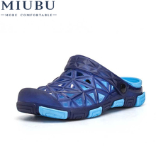 2019 MIUBU New Summer Jelly Shoes Men Beach Sandals Hollow Slippers Men Flip Flops Light Sandalias Outdoor Summer Chanclas uexia new big size 36 45 men summer shoes beach lovers unisex flip flops mens slippers lighted sandalias outdoor chanclas hombre