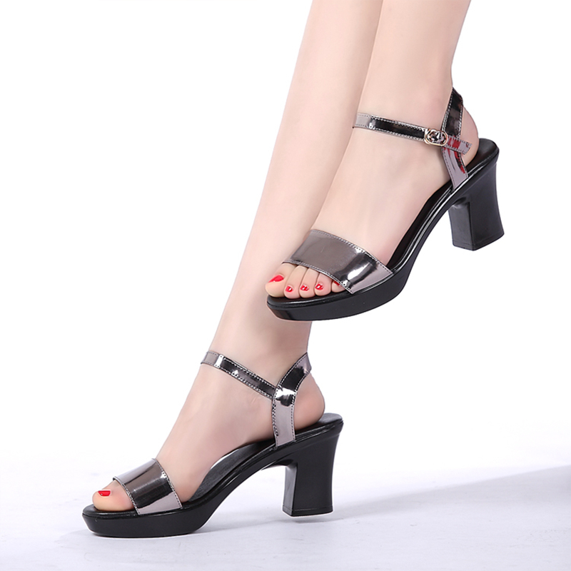 woman sandals 2017 summer genuine leather fashion simple thick high heel sandals female open toe comfortable women's sandals hot selling pleated bling woman sandals fashion high heel slipper open toe slide dress sandals concise comfortable sandals
