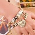 Flor de oro de Moda de Lujo en forma de Corazón Colgante de Amor Brazalete de Diamantes Pulsera de Reloj de Pulsera para Señoras de Las Mujeres Femeninas