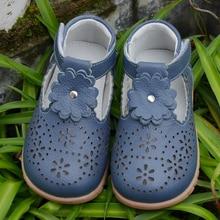 Обувь для девочек из натуральной кожи с Т-образным ремешком; цвет белый, темно-синий; детская обувь; красивая обувь для крестин; Свадебная обувь для детей; сандалии до середины голени; SandQbaby; Новинка