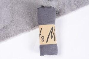 Image 5 - Neue Ankunft 45*180 CM Klassische Premium Viskose Maxi Crinkle Wolke Hijab Schal Schal Weichen Islam Muslim Schals Winter mädchen Schal