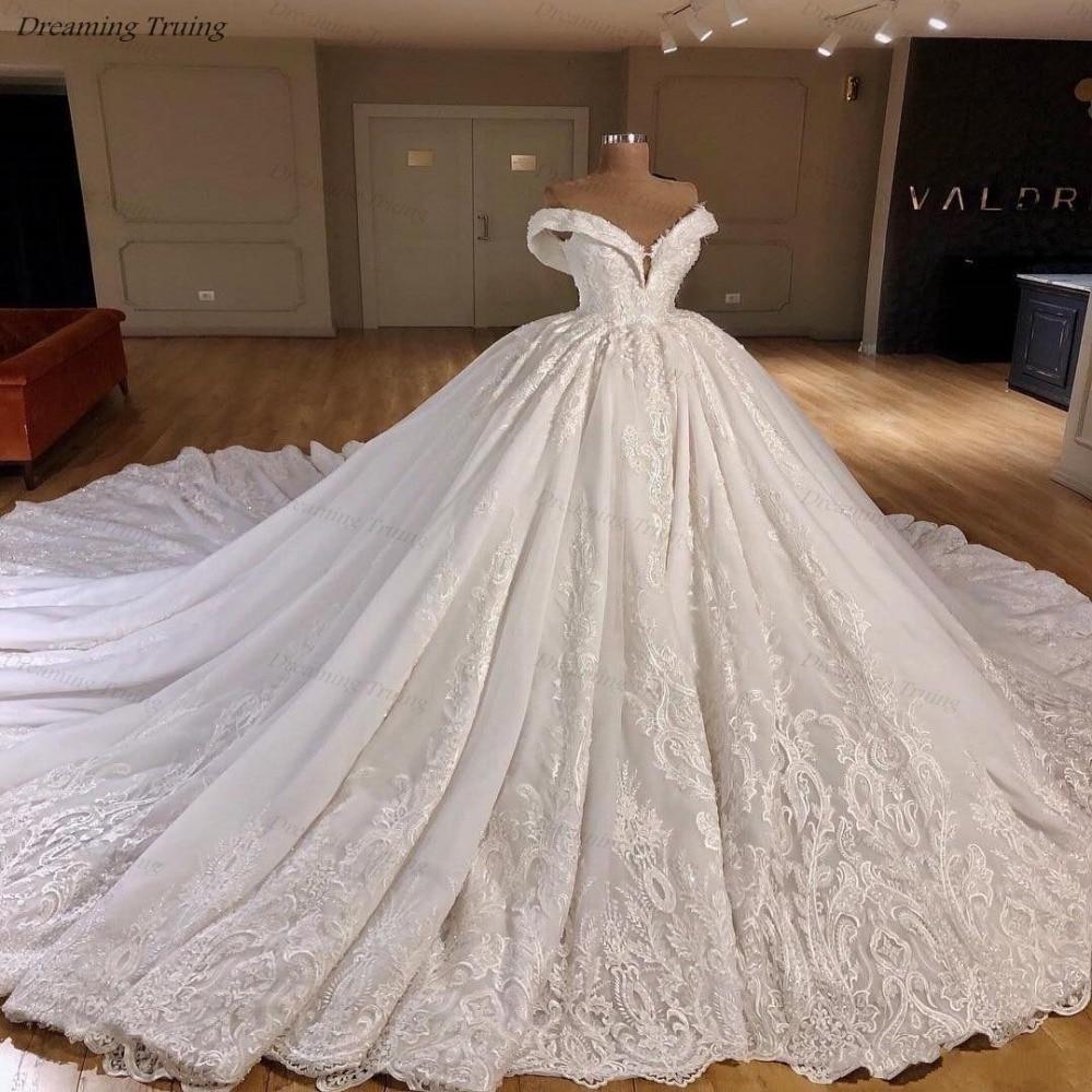 Luxury Royal Train Wedding Dresses With Lace Cap Sleeve V-Neck High Quality Bride Gown Dubai Wedding Dress Vestido De Novia 2019