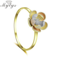 Mytys Brand Antique Palace Three Gold Charm Flower Bangles Bracelet for Lady European Fashion Design Statement Jewelry B1113