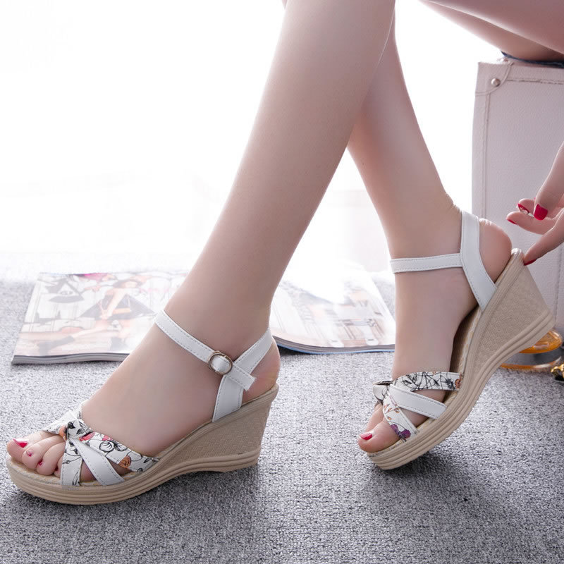 Summer 2019 New Fashionable Sweet Korean shoes Ribbon Waterproof Terrace High heel Slope printing Women 39 s Professional Sandals in Middle Heels from Shoes