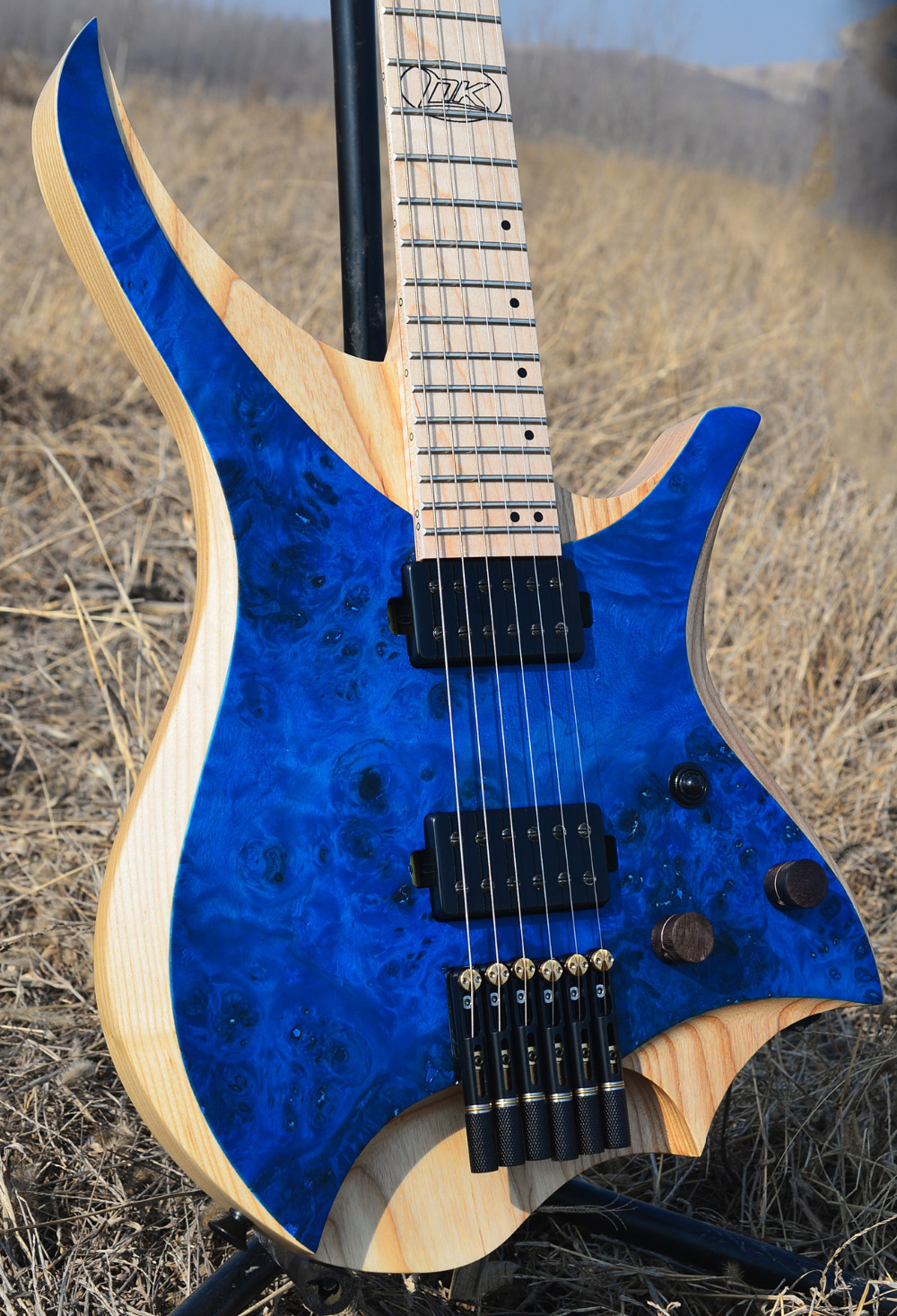 2019 NK Headless guitar Electric guitar clear spalted curly maple top Flame maple Neck black hardware Guitar free shipping