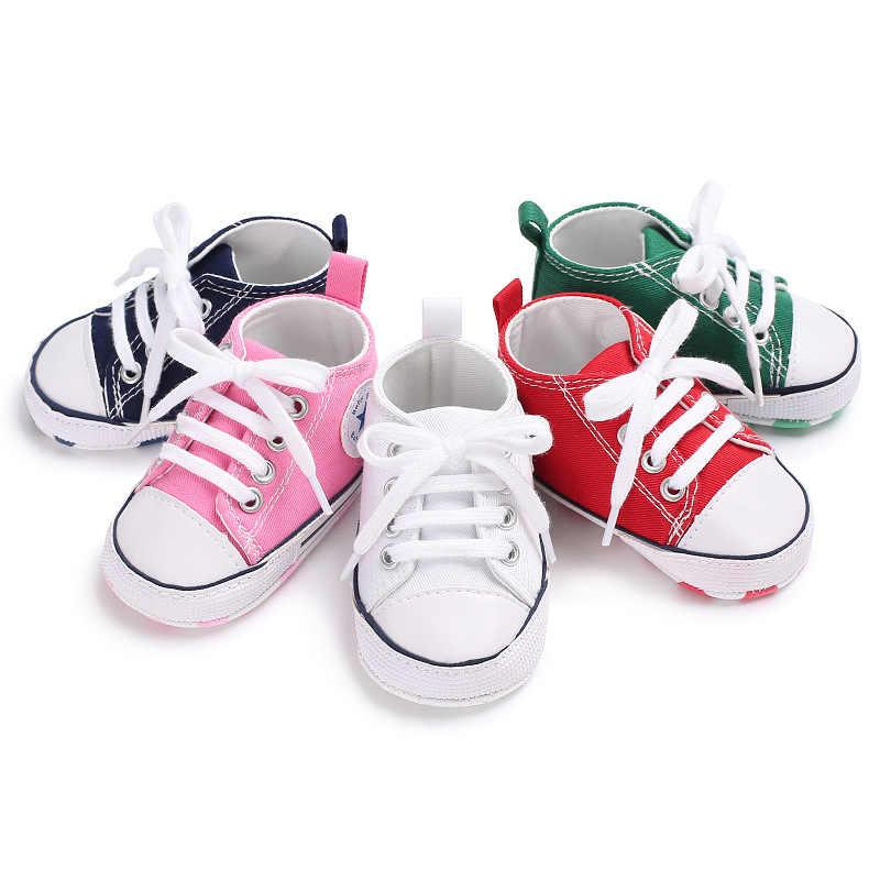 Zapatos de bebé primeros caminantes lona zapatillas clásicas calzado niño recién nacido Niña Zapatos Niño niño suave suela antideslizante zapatos