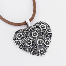 Hot Sell 5 pcs Antique Silver Big Open Heart Flower Leaf Intersperse Chaems Pendants DIY Fittings