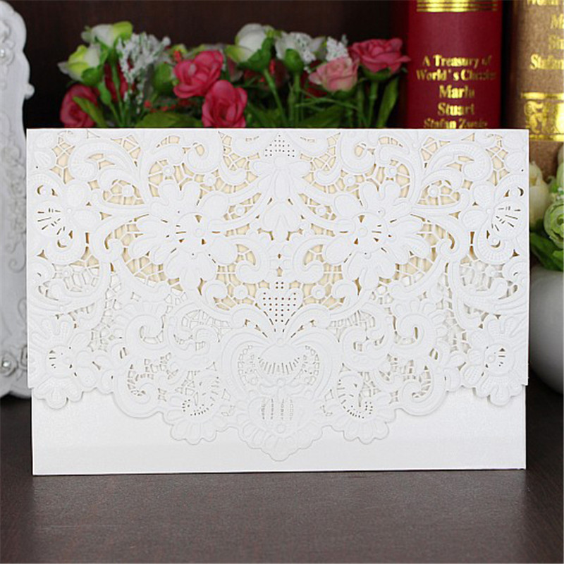 25pcs/set Invitation Printable Cards with Envelope & Seal Folded Embossed Flowers White Hollow Lace Cut Wedding Invitations Card 1 design laser cut white elegant pattern west cowboy style vintage wedding invitations card kit blank paper printing invitation